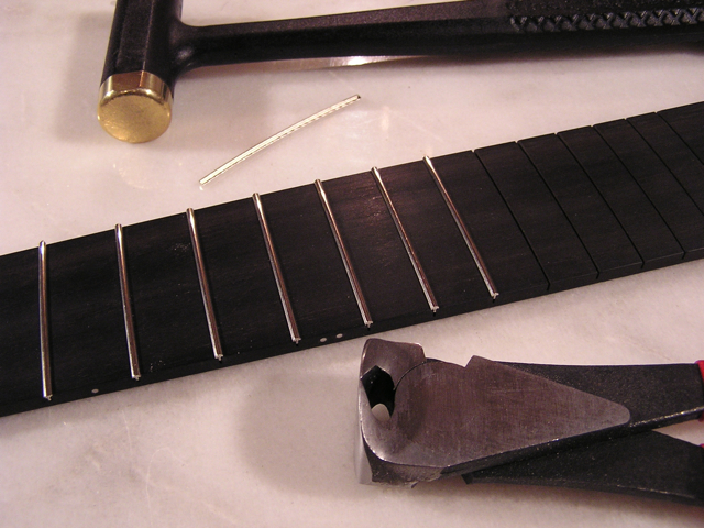 Adams Guitars SD001 Frets